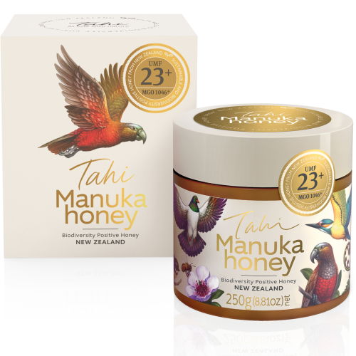 Tahi Manuka Honey UMF 23+ with gift box and reflection fs