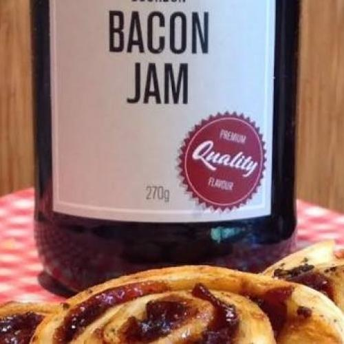 bacon jam on cheese scrolls 2
